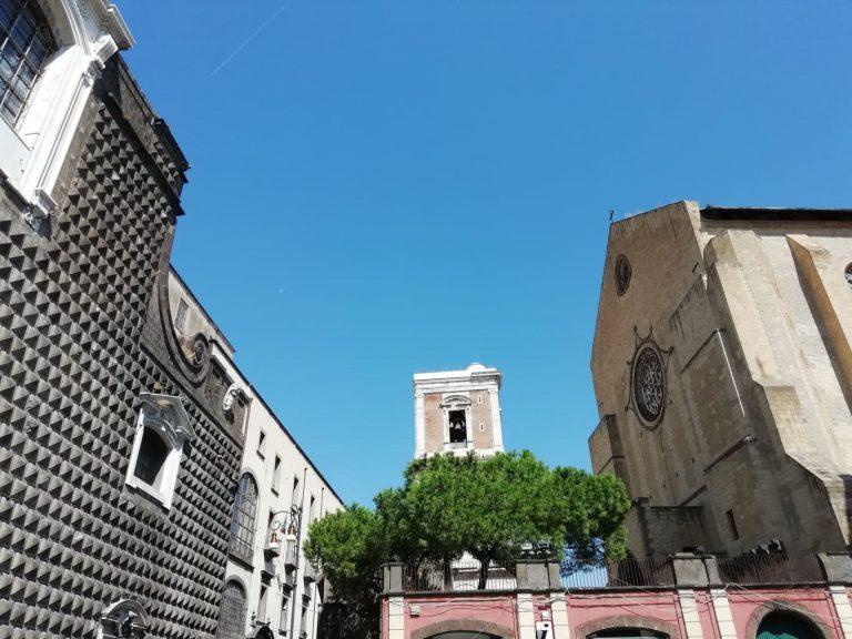 Read more about the article Napoli tra tammurriata e sfogliatella
